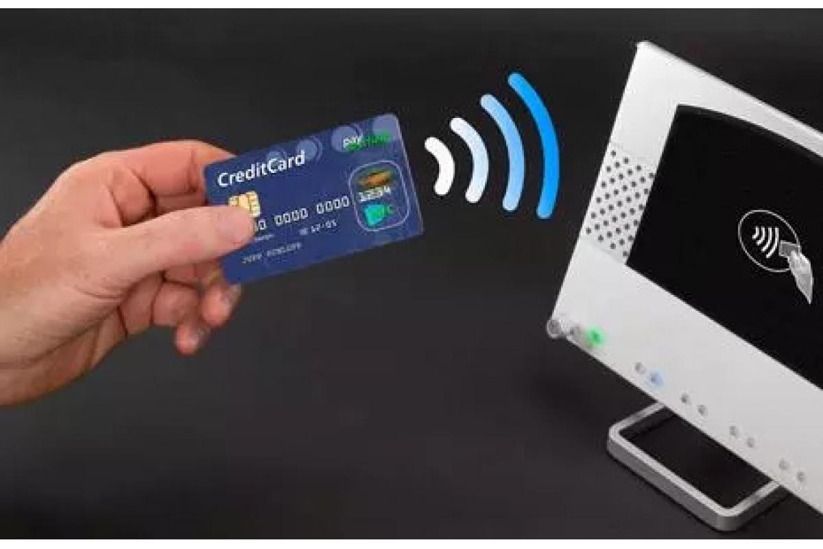 NFC功能在iPhone XS/XR手机上大升级,后台常驻,安卓机没有