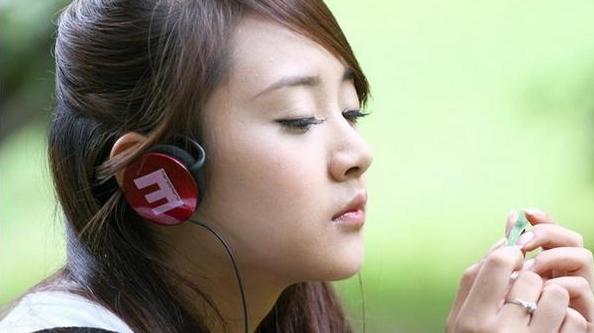 耳机煲机是什么意思?耳机煲机方法是什么
