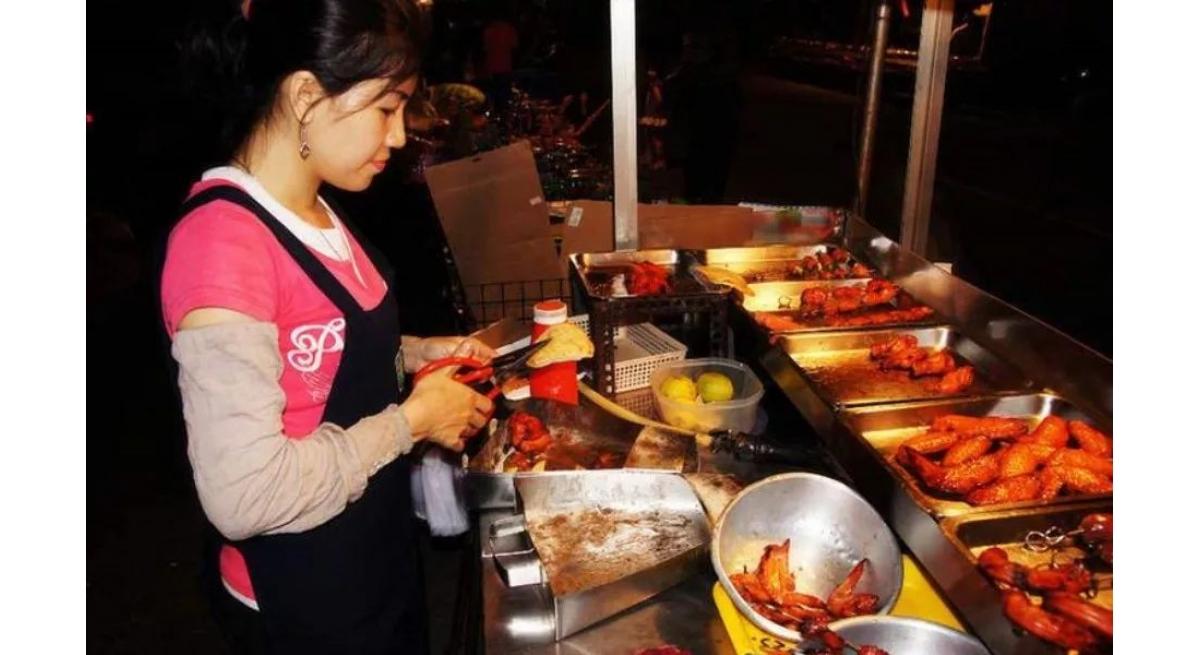 小本生意项目,兼职摆摊卖卤食赚钱的亲身经历