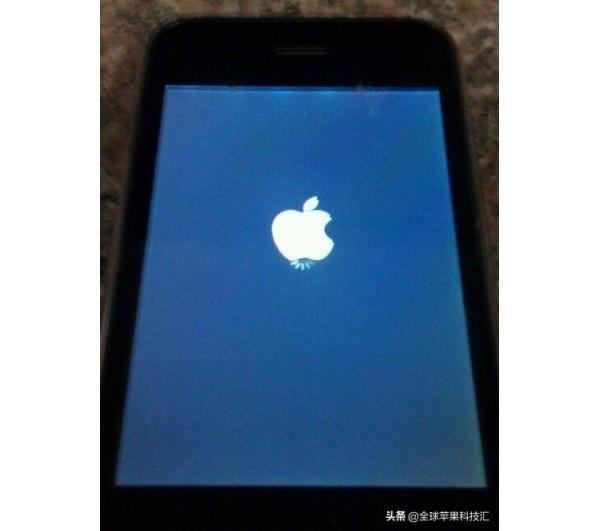 苹果手机成白苹果怎么修复,遇到白苹果怎么办教你几招