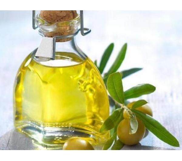 橄榄油有什么用途(维e和橄榄油涂脸哪个好)